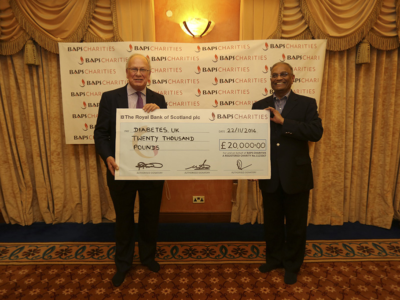 Diabetes UK Cheque Presentation 2014 (3)