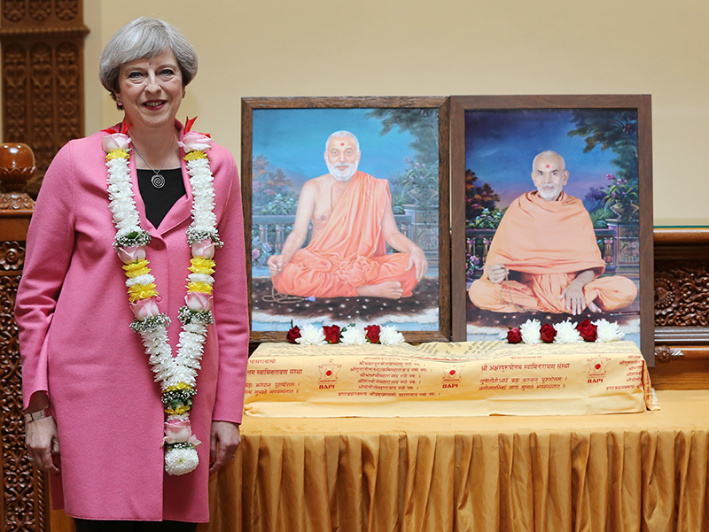 PM_Theresa_May_visits_London_Mandir_170603 (03)