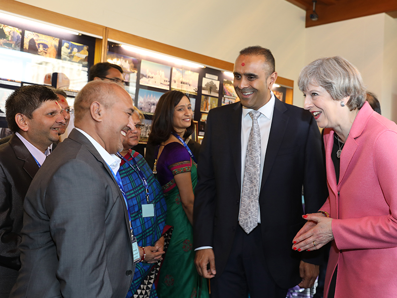 PM_Theresa_May_visits_London_Mandir_170603 (07a)