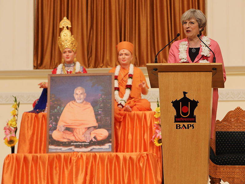 PM_Theresa_May_visits_London_Mandir_170603 (09)