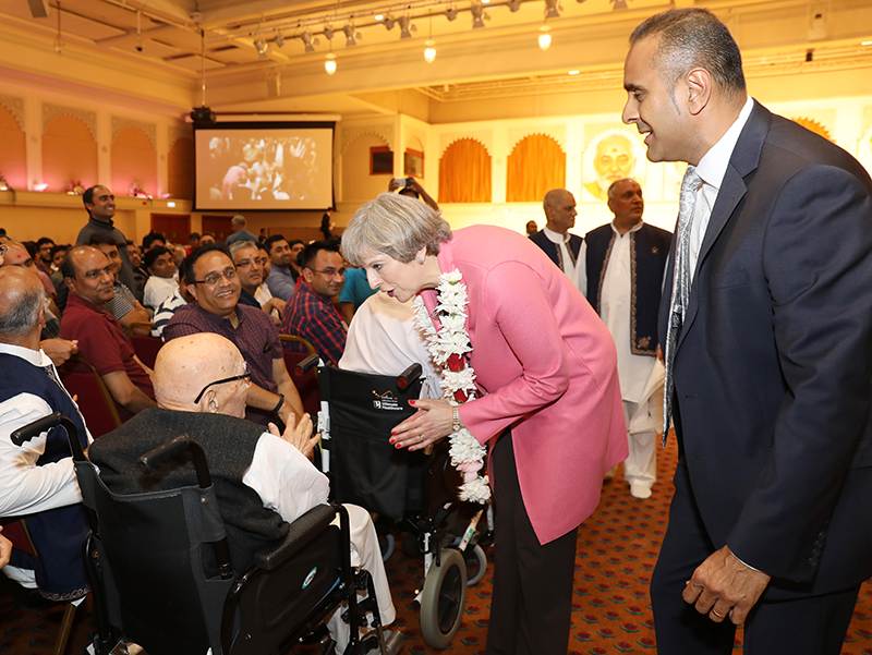 PM_Theresa_May_visits_London_Mandir_170603 (12)