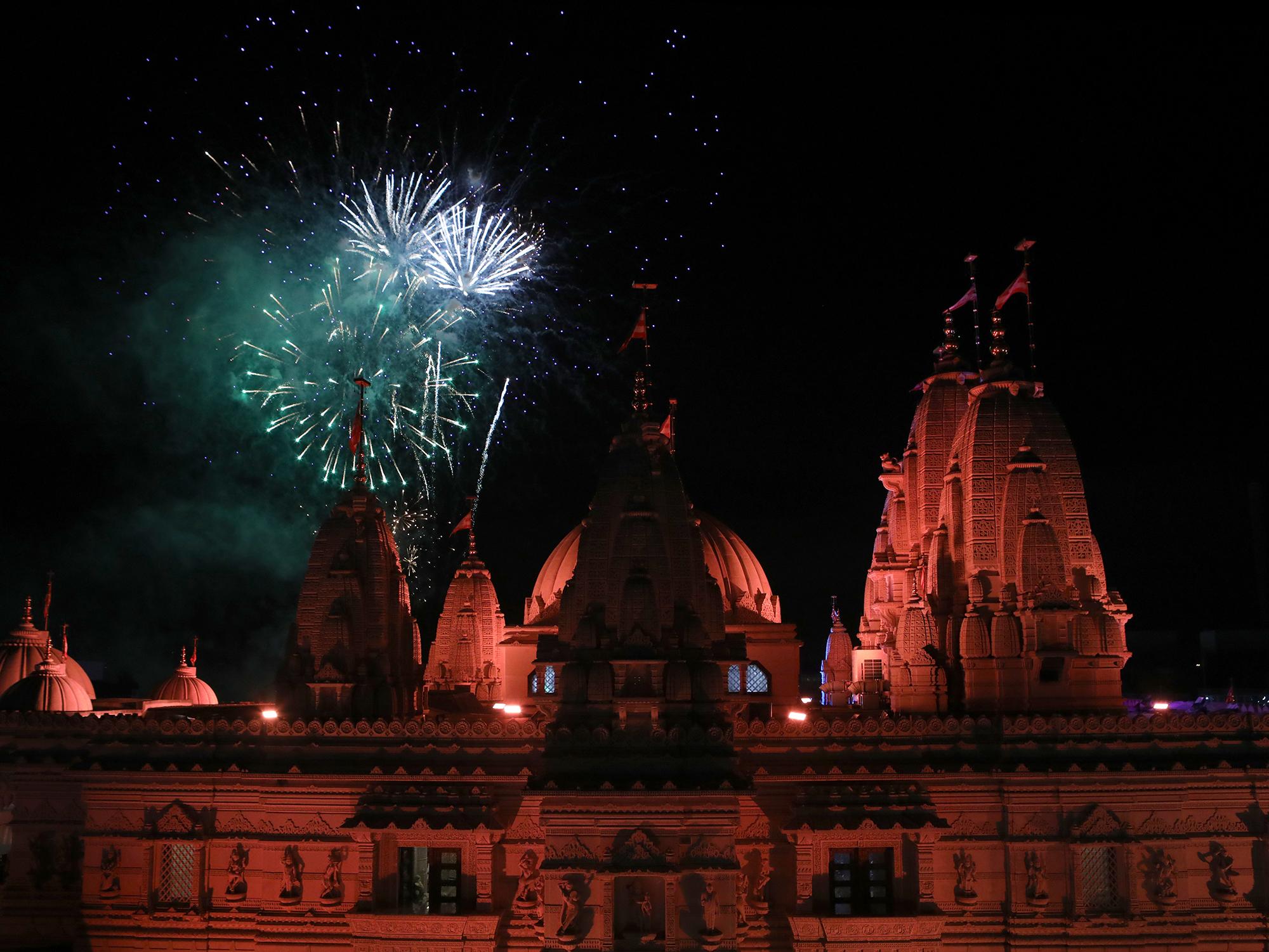 181107_london_diwali-fireworks_01