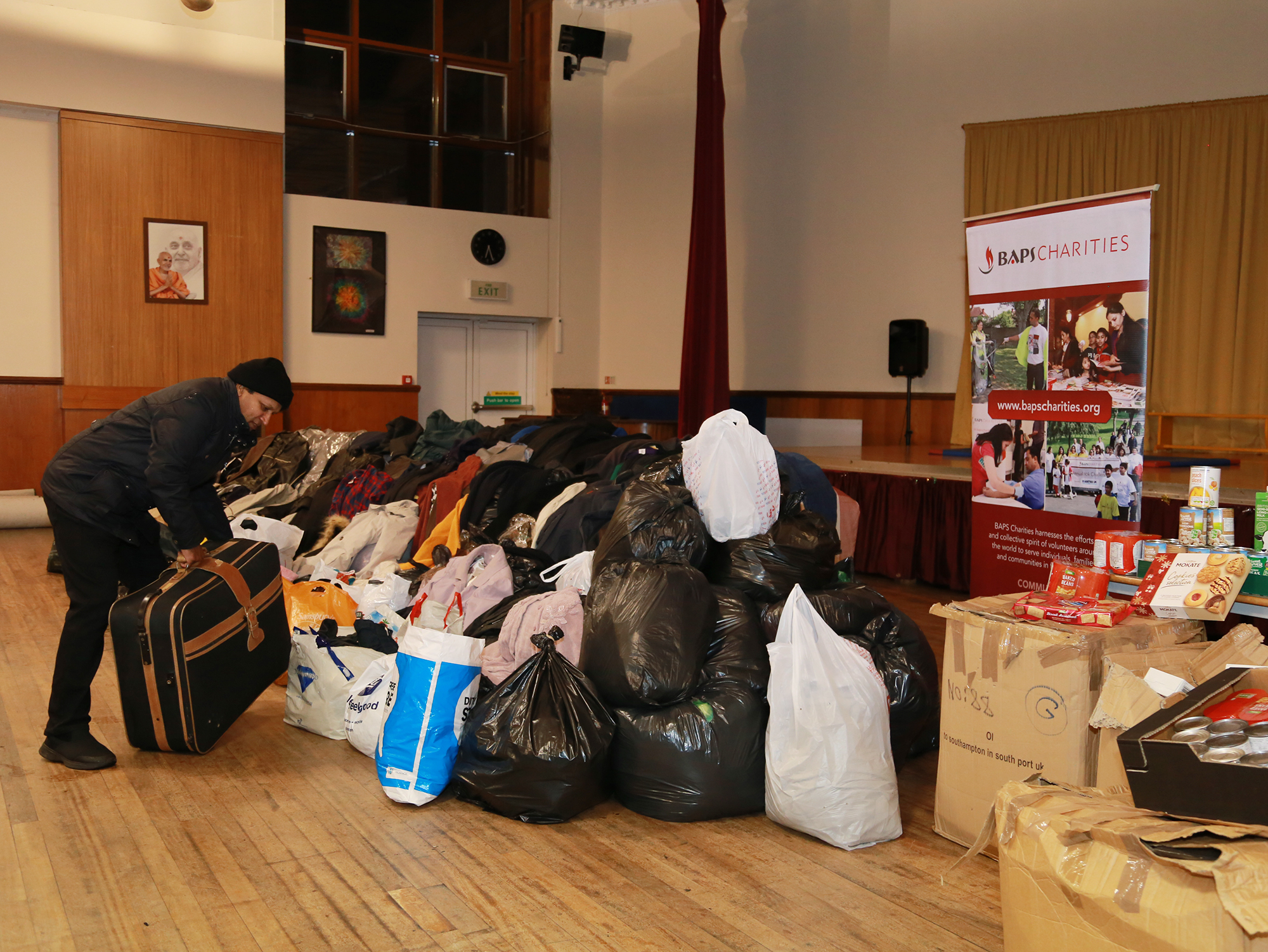 1812_london_wintercharitydrive (4)a